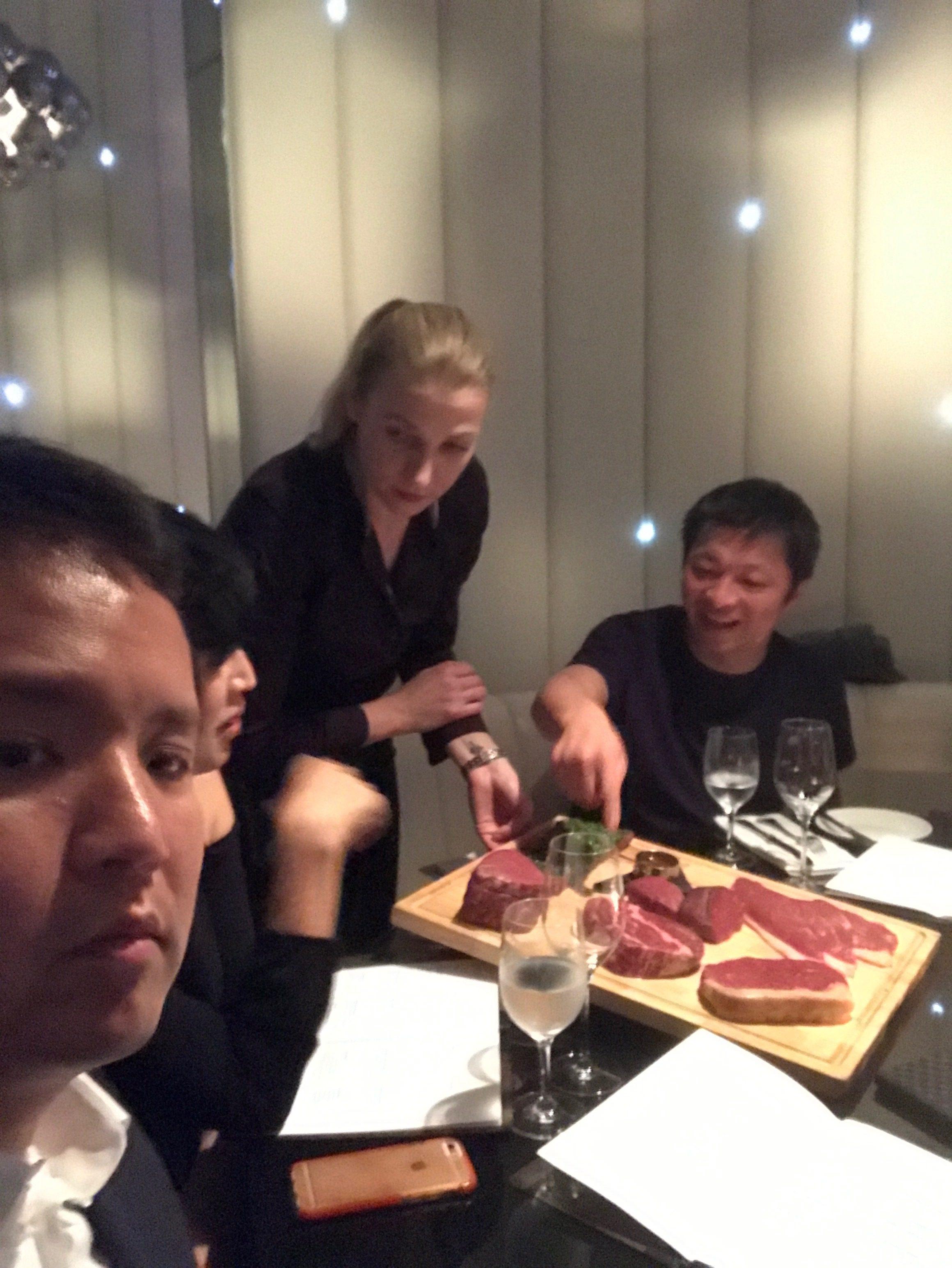 ナイスな凄腕おっさん経営者たちとドバイで会食